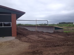 7-5-Clarcor filtered weaner barn during building